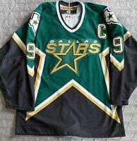 Dallas Stars Authentic Vintage Size 48 KOHO Mike Modano Green NHL Hockey Jersey