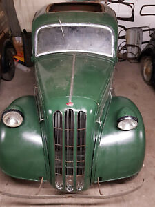 Vintage 1937 Ford 7W. Wonderful  Restoration Project With Spare Engine. Hot Rod?
