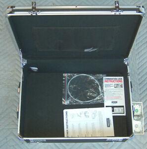 "Vaultz Portable Carry Handles Storage Box Dorm Chest Combination Lock 19X13X6.5"""