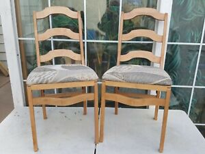 2 Wooden Folding Chairs Cushioned Seats Stackmore Style Tiffin Motorhome RV