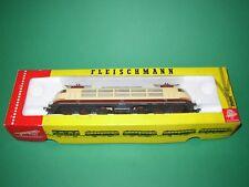 Fleischmann 4375 + 5163 1 Locomotive électrique DB + 1 voiture voyageurs HO