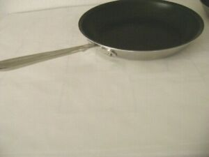 "NEW All-Clad d5 12"" Non-Stick Fry Pan-Stove-top-Oven/Broiler to Table-MSRP $240"