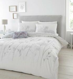 Catherine Lansfield Meadowsweet Floral White - Duvet Bedding Set