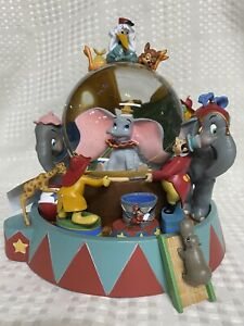 RARE VINTAGE Snow Globe Music Box DUMBO 60th Anniv 21380 Disney (NEW)