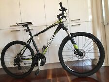 GIANT BOULDER1 In Great Condition With Factory Fitted Disk Brakes. 18 Inch