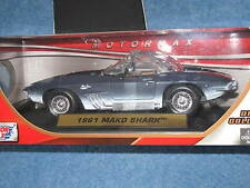 2012 Motor Max 1961 Chevy Corvette Mako Shark 1:18 Die Cast Dream Cruise B8970
