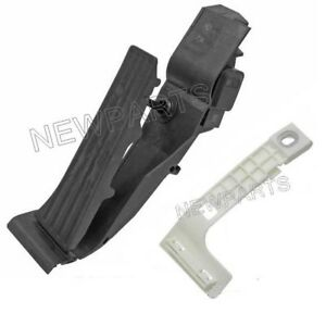 For BMW E46 3-Series M3 2001 Accelerator Pedal Assembly w/ Adapter Plate OEM