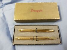 Vintage SNUGGLE Gold Toned Ballpoint Pen & Mechanical Pencil Set in Box