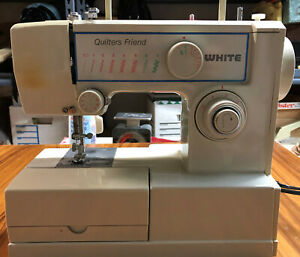 WHITE Quilters Friend Model 221n Sewing Machine w/ pedal, accessories and manual