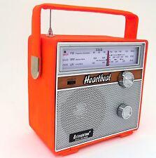 Steepletone SRLM 2002 heartbeat 1960s rétro lw/mw/fm portable radio cuir orang