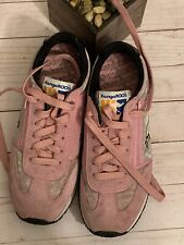 Kangaroo Womens 8 1/2 Shoes Zipper Pocket Pink and Black