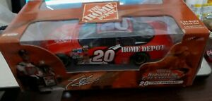 Tony Stewart #20 1999 Home Depot Pontiac Action 1/64 NASCAR Diecast