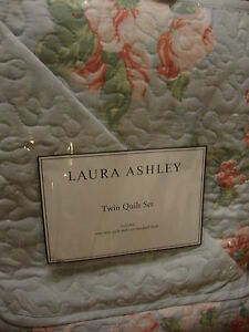 NEW LAURA ASHLEY LAYNE PALE BLUE FLORAL TWIN QUILT & SHAM  SET