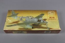 ZF746 Linberg 1/48 maquette avion 2213 ME-262 First Operational Jet Combat