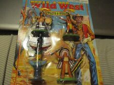 Britains Wild West 3 Indians & Totem Pole new on card 1996