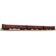 Graham Farish 374-912 SECR 60 Birdcage Stock (3 Pack) BR Vermillion N Gauge