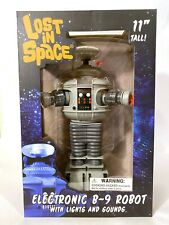Diamond Select Toys Lost in Space Electronic B-9 Robot Lights & Sounds 11 inch
