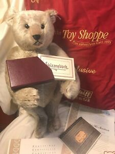 """STEIFF 2005 18"""" Richard with Sketchbook Bear, includes sketchbooks and packaging"""