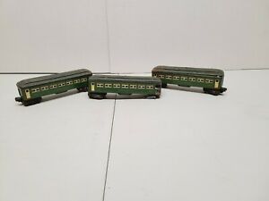 POSTWAR LIONEL ILLUMINATED PASSENGER CARS 6440 6440 6441 PARTS OR REPAIR
