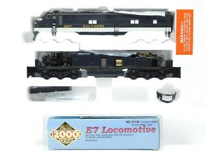 HO Scale Proto 2000 21126 SOU Southern E7 E7A Diesel Locomotive #2907 DCC Ready