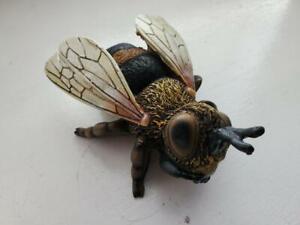 Honeybee  Indoor / Outdoor Garden Decor,