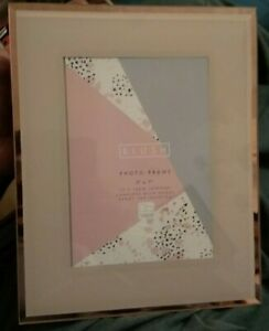 Glamorous Blush Rose Gold Mirrored Picture Photo Frame Stand Gift 7 x 5