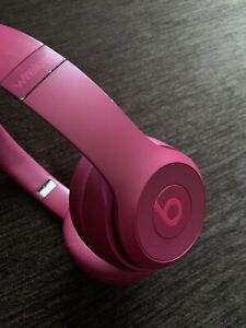 Beats by Dr. Dre Solo3 Wireless Bluetooth Headphones - Magenta