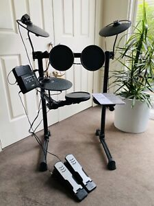 Electronic Drum Kit, as new, Yamaha DTX400K