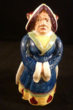 Royal Doulton ALICE IN WONDERLAND QUEEN OF HEARTS