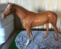 BESWICK HORSE LARGE RACEHORSE PALOMINO GLOSS MODEL 1564  GOOD CONDITION