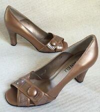e50821916a2901 New Van Eli Bronze Brown Faux Croc X Strap Peektoe Heels Button sz 7.5 M