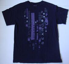 Men's SEAN JOHN T shirt size medium M