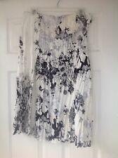 Roberto Cavalli Just Cavalli Signed Floral Pleated Skirt Size 44 Made In Italy