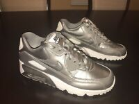 New Nike Air Max 90 Metallic Pewter Sneaker Shoes Size US 5.5