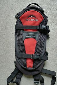 Dakine Shuttle 6L Hydration Pack Red Black No Reservoir