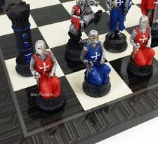 MEDIEVAL TIMES CRUSADES KNIGHTS RED & BLUE  CHESS Set W/ Black Geometric Board