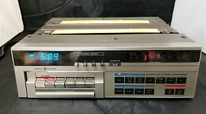 GE Message Center Spacemaker Kitchen Under 7-4270A Am/Fm Radio Cassette Recorder