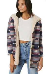 O'Neil AZTEC sherpa Jacket Size 12  As New Snuggle Factor