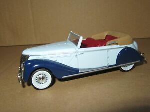 677Q ixo altaya No 19 China Renault Suprastella Coach 1939 Blue 1:43