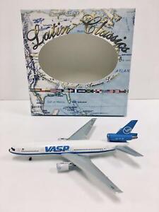 Aeroclassics 1:400 VASP McDonnell Douglas DC-10-30 PP-SOM 1974s