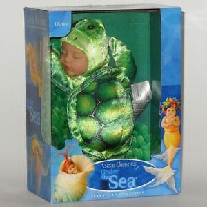 ANNE GEDDES DOLLS'Under the SEA'collection NEW in Box BABY GREEN TURTLE Doll 9''