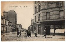 CPA 93. SAINT OUEN (Seine Saint Denis) - Rue de la Procession (animée)