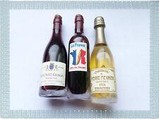 Lot de 3 Aimants Magnets Bouteilles de  Vin Rouge  et de Champagne