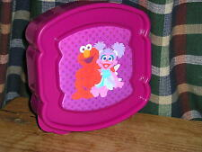 School Elmo Sandwich container. NEW. Great for School, Home, Picnics. Great Gift