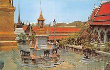 BT13303 inside the emerald budha teple bangkok         Thailand