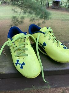 Under Armor Youth Size 1.5 Preowned Soccer Cleats