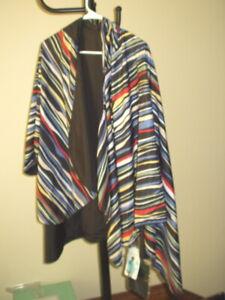 NWT Rain Caper Reversible Colorful Striped /Black Hooded Waterproof Travel