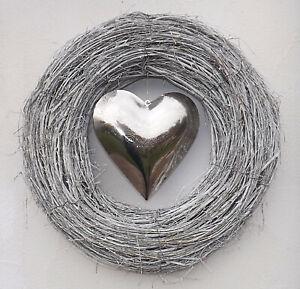 Großer Kranz Türkranz Holzkranz grau Herz silber Wanddekoration 50 cm