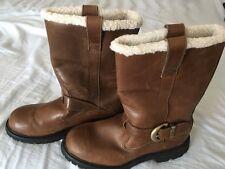 Timberland Womens Winter Boots (SIZE 7.5M)