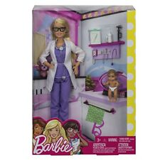 Barbie Kinderärztin mit 1 Baby Mattel FRP44